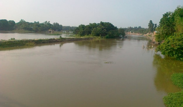 image of Gurr River and Bridge