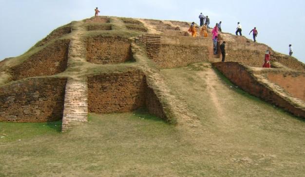 image of Lakshindarer Gokul Medh