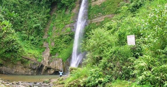 Madhabkunda Waterfall and Eco Park
