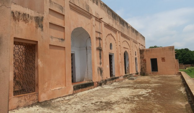 image of Tahkhana Complex