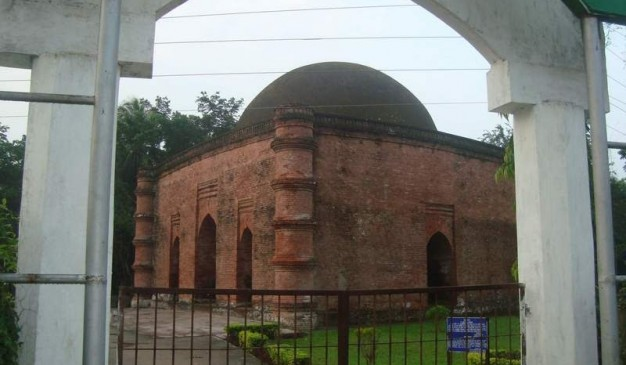 image of Nine Dome Mosque