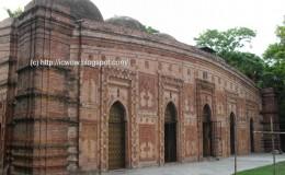Majlis Awlia Mosque or Pathrail Mosque