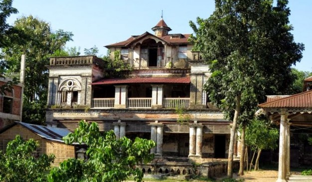 image of Old House at Gokorno Gram