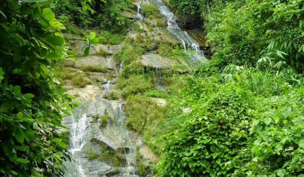 image of Hatu Bhanga Waterfall