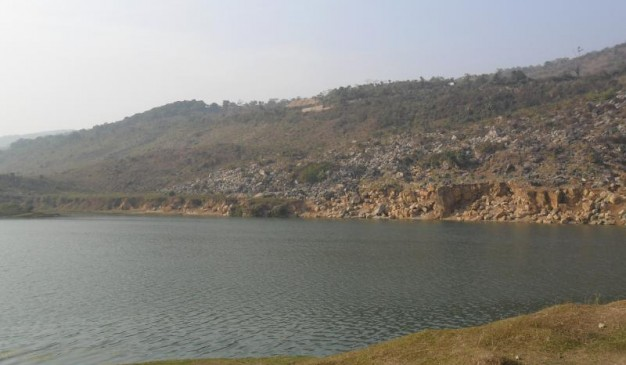 image of Limestone Lake of Tekerghat