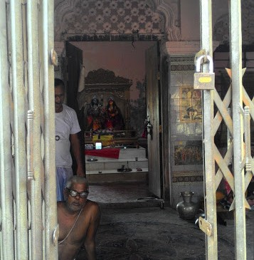 image of Vaggokul Zamindarbari and Adjacent Old Temple