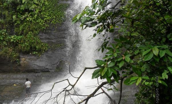 image of Kasing Waterfall